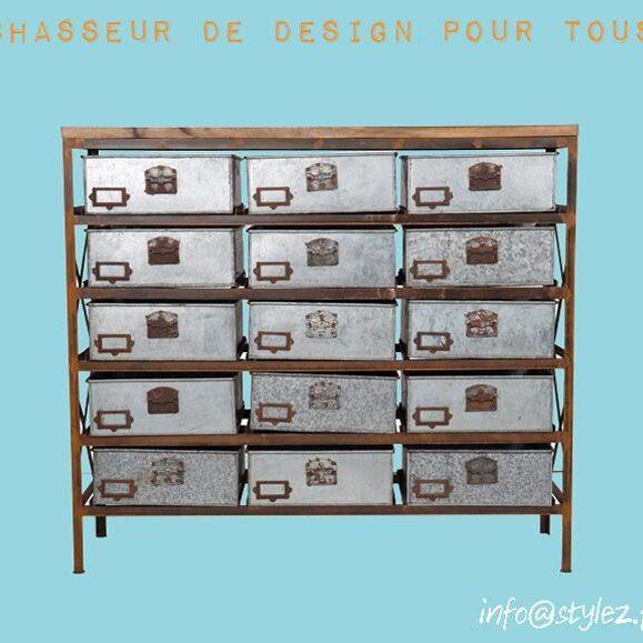 armoire casier métal industriel atelier