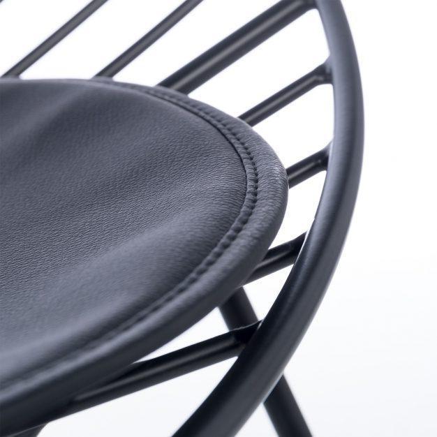 fauteuil rembourrée design noir