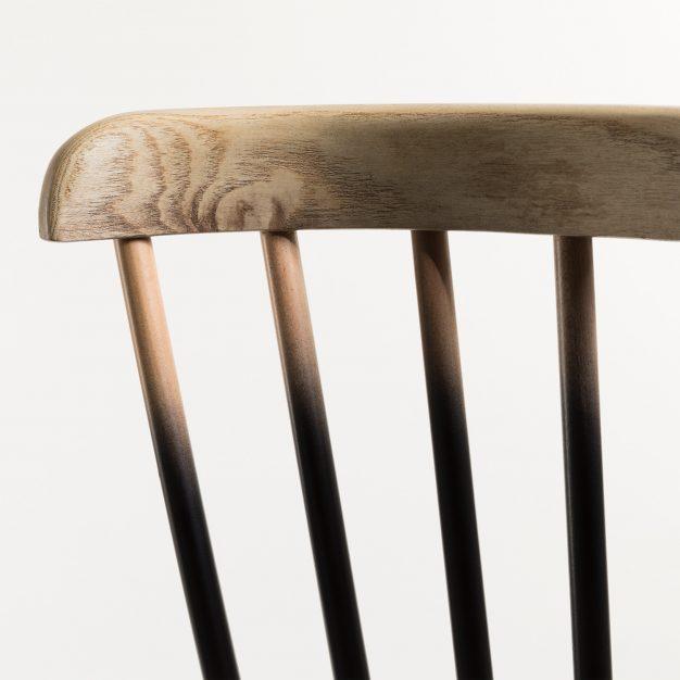 chaise vintage bois naturel dégradé