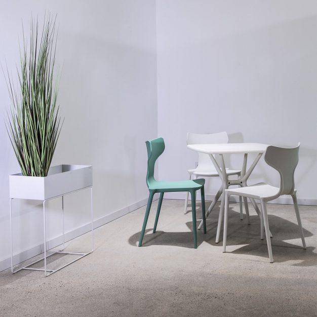 table plastique haute qualité blanche