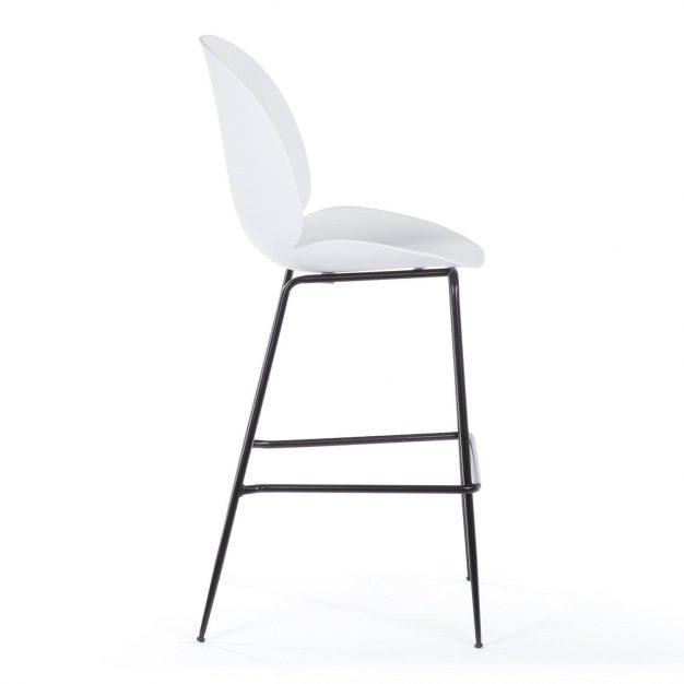 chaise blanche pied noir